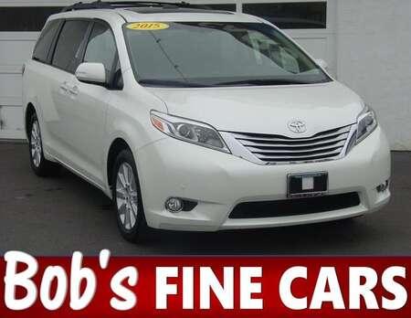 2015 Toyota Sienna Ltd Premium for Sale  - 4954  - Bob's Fine Cars