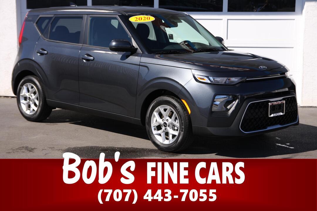 2020 Kia Soul S  - 5527  - Bob's Fine Cars