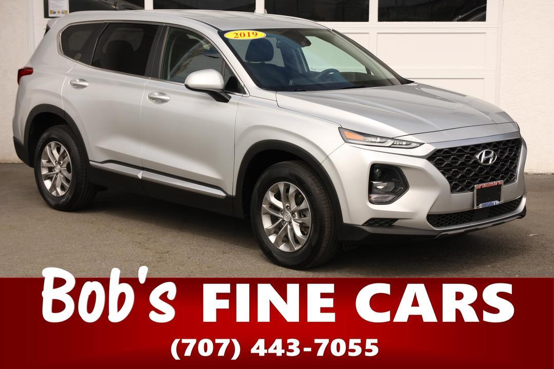 2019 Hyundai Santa Fe SE  - 5485  - Bob's Fine Cars