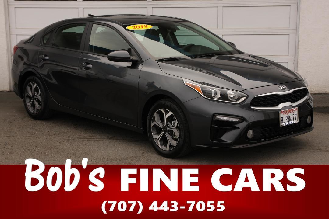 2019 Kia FORTE LXS  - 5449  - Bob's Fine Cars
