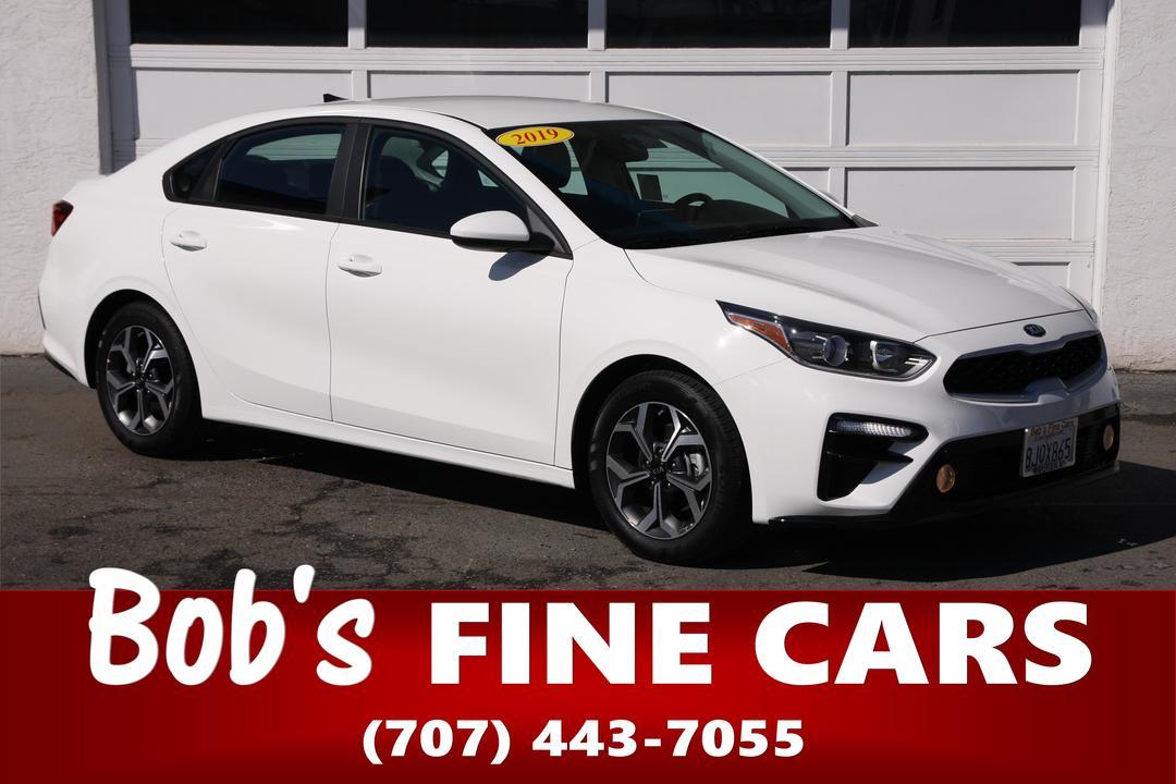 2019 Kia FORTE LXS  - 5451  - Bob's Fine Cars