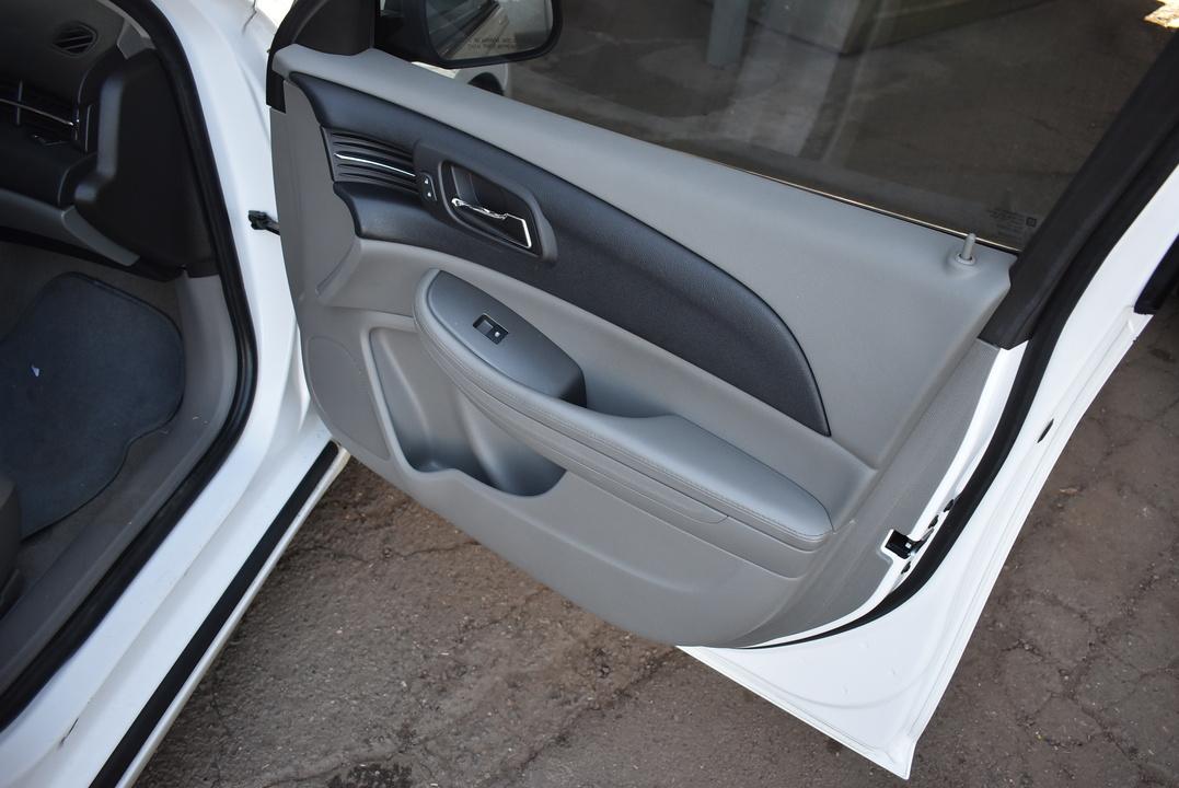2013 Chevrolet Malibu  - Dynamite Auto Sales