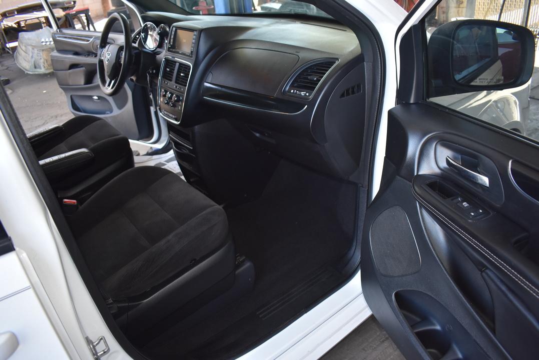 2014 Dodge Grand Caravan  - Dynamite Auto Sales