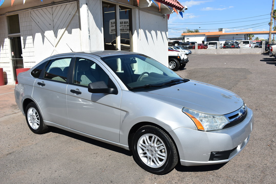 2010 Ford Focus  - Dynamite Auto Sales