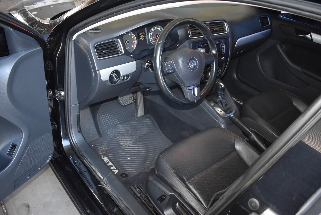 2013 Volkswagen Jetta Sedan  - Dynamite Auto Sales