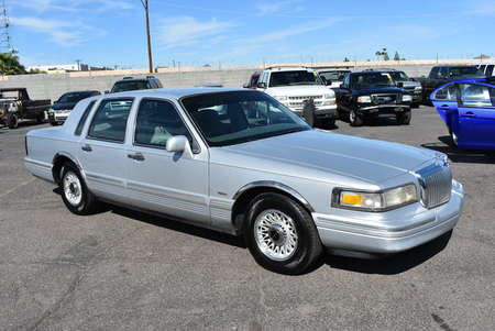1996 Lincoln Town Car Executive for Sale  - 18272  - Dynamite Auto Sales