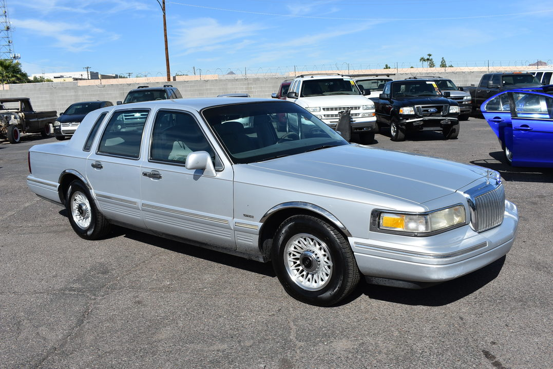 1996 Lincoln Town Car  - Dynamite Auto Sales