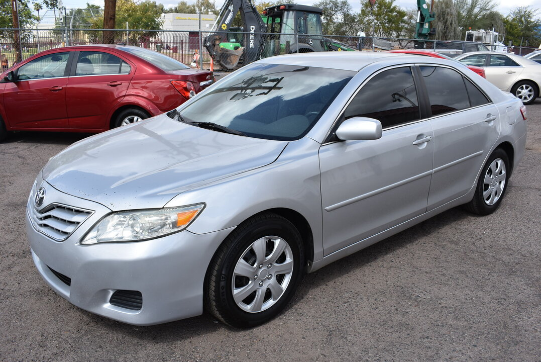 2011 Toyota Camry LE  - 21060  - Dynamite Auto Sales
