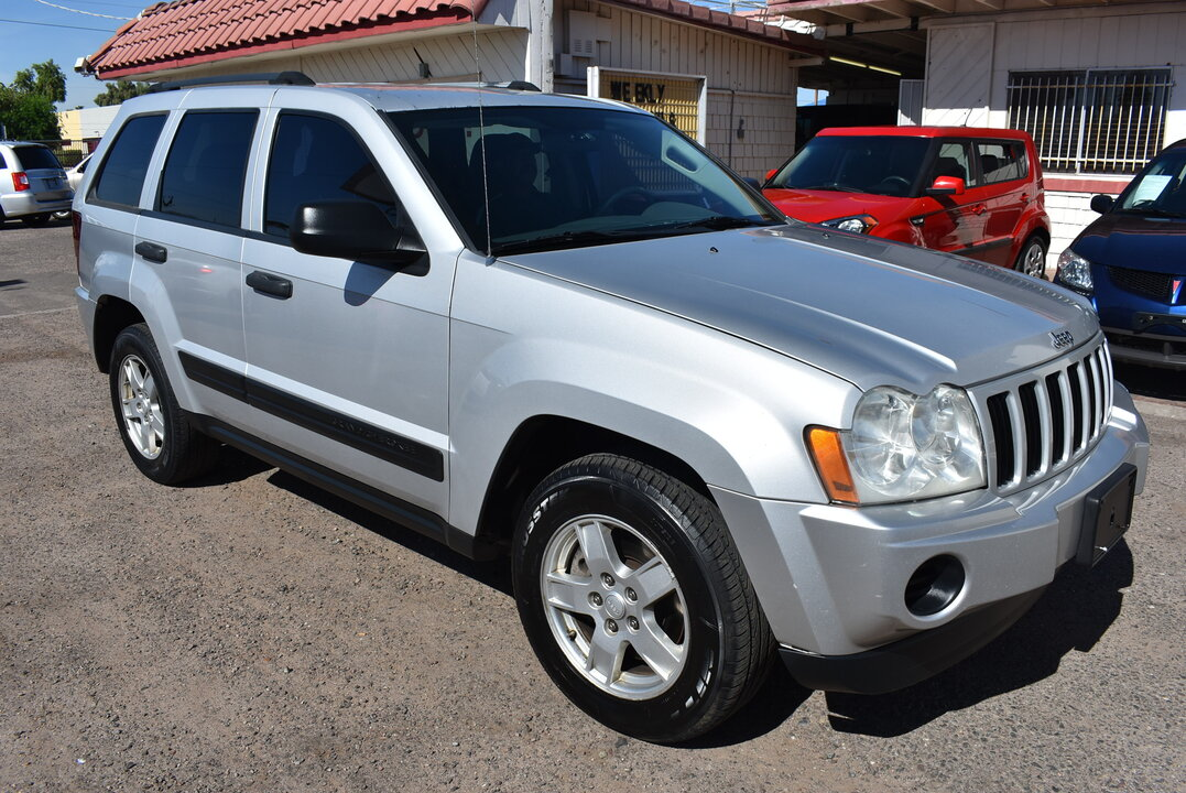 2005 Jeep Grand Cherokee  - Dynamite Auto Sales