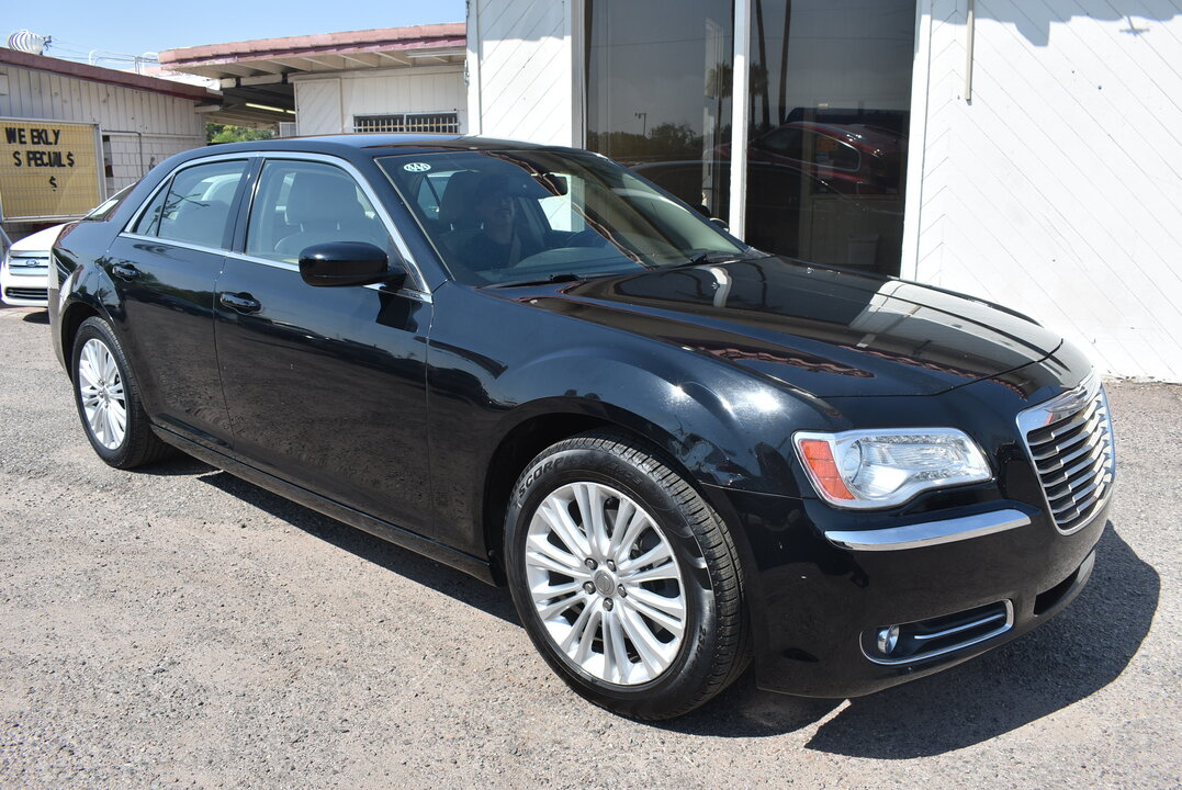 2014 Chrysler 300  - Dynamite Auto Sales