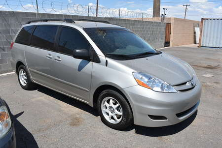 2010 Toyota Sienna LE for Sale  - W19065  - Dynamite Auto Sales