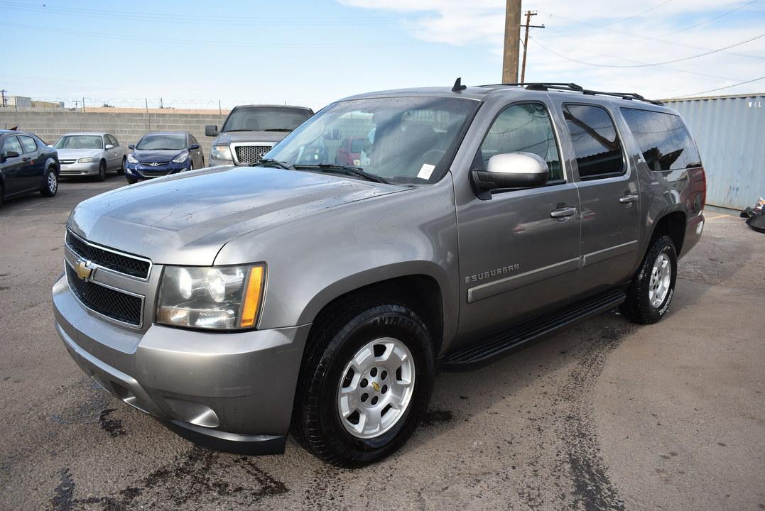 2007 Chevrolet Suburban  - Dynamite Auto Sales