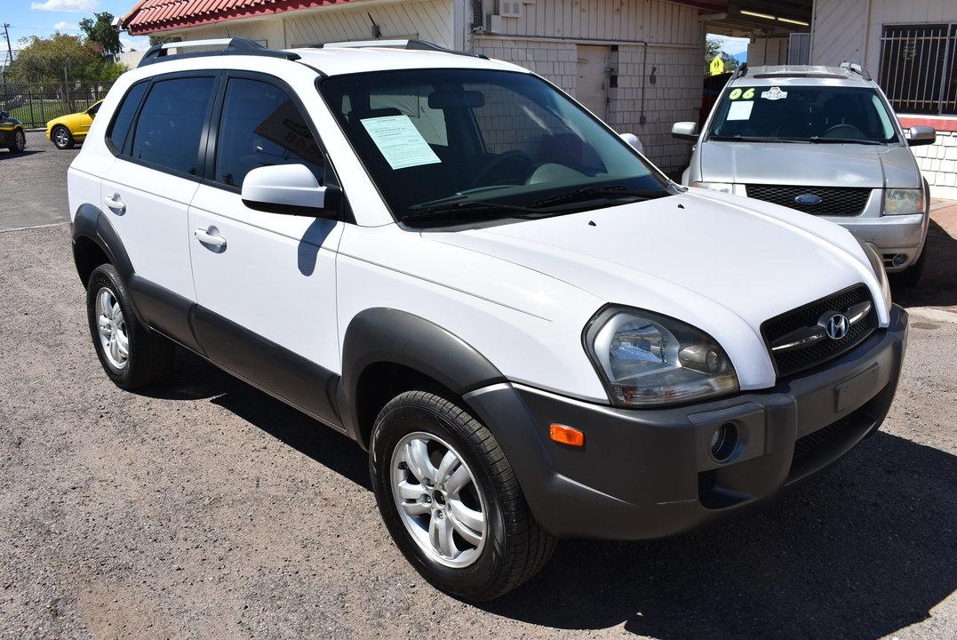 2008 Hyundai Tucson SE  - 20084  - Dynamite Auto Sales