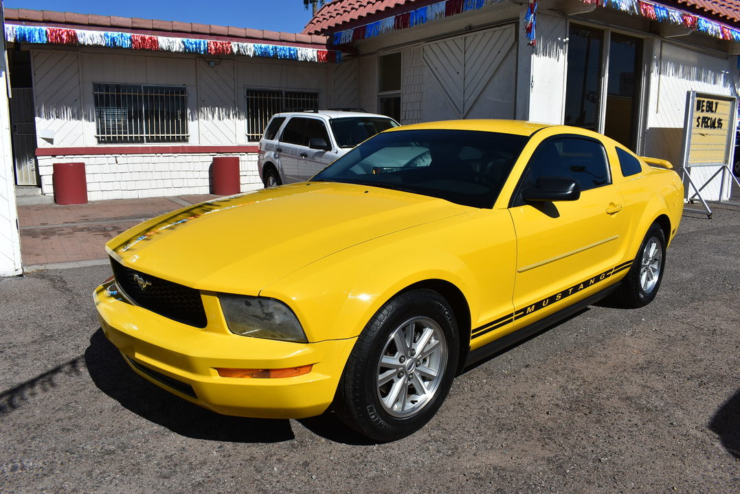 2006 Ford Mustang Standard  - 20045  - Dynamite Auto Sales