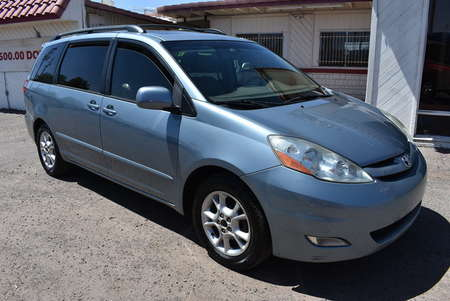 2006 Toyota Sienna XLE for Sale  - 20145  - Dynamite Auto Sales