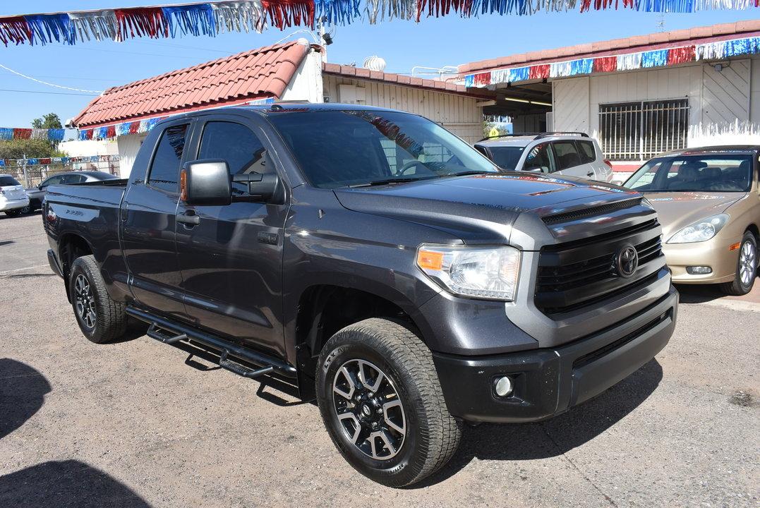 2015 Toyota Tundra  - Dynamite Auto Sales