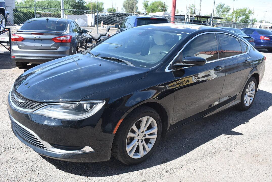 2015 Chrysler 200  - Dynamite Auto Sales