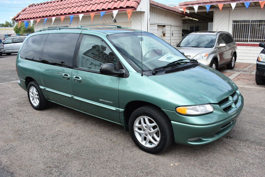 1998 Dodge Caravan  - Dynamite Auto Sales