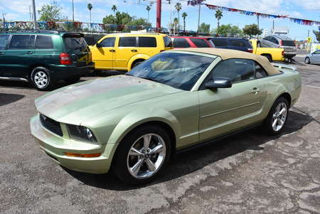 2005 Ford Mustang Deluxe for Sale  - 19093  - Dynamite Auto Sales