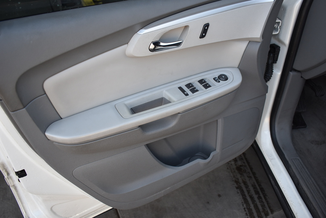 2012 Chevrolet Traverse  - Dynamite Auto Sales