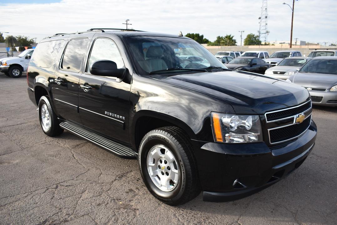 2013 Chevrolet Suburban  - Dynamite Auto Sales