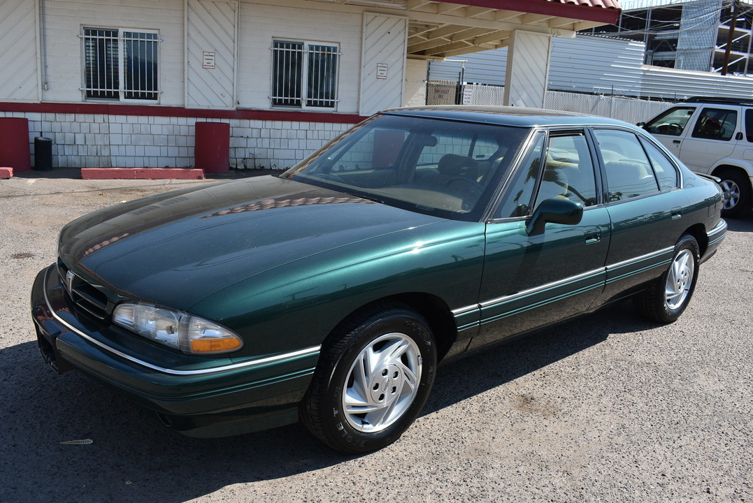1993 Pontiac Bonneville SE  - 20158  - Dynamite Auto Sales