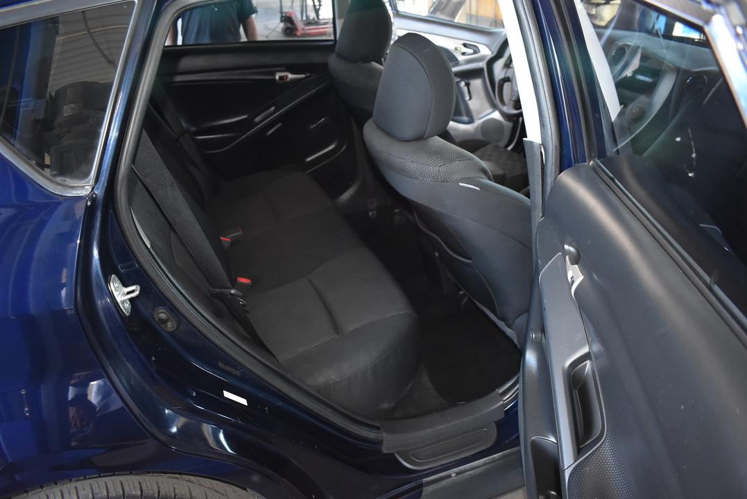 2009 Pontiac Vibe  - Dynamite Auto Sales