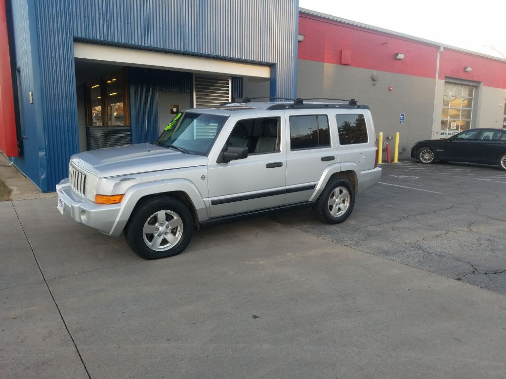 2006 Jeep Commander  - MCCJ Auto Group