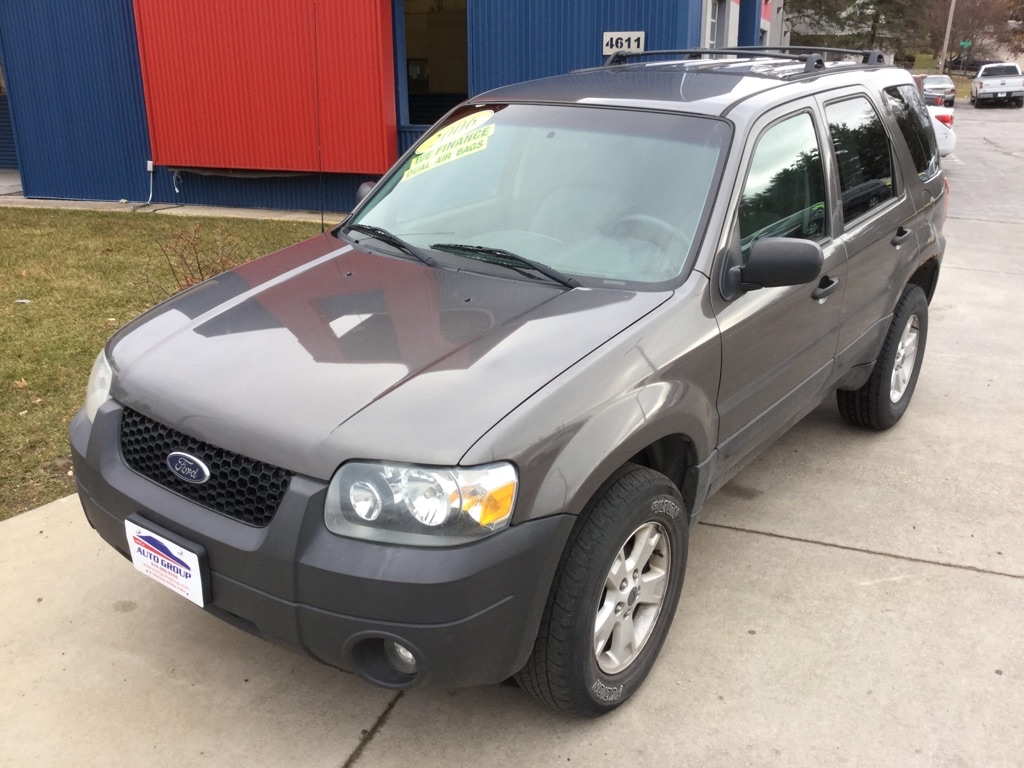 2006 Ford Escape  - MCCJ Auto Group