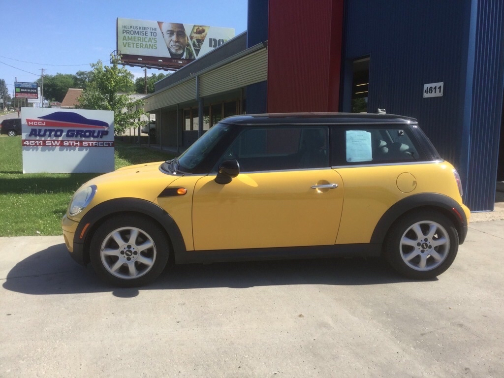 2008 Mini Cooper Hardtop  - MCCJ Auto Group