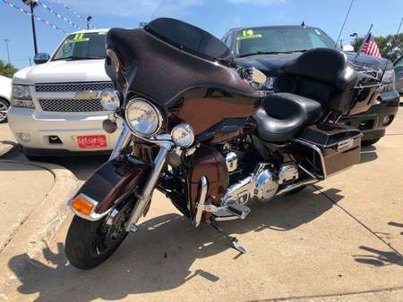 2011 Harley Davidson Ultra Classic Electra Glide Limited for Sale  - SB7562A  - C & S Car Company