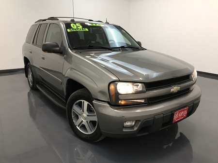 2005 Chevrolet TrailBlazer LT 4WD for Sale  - MA3073B  - C & S Car Company