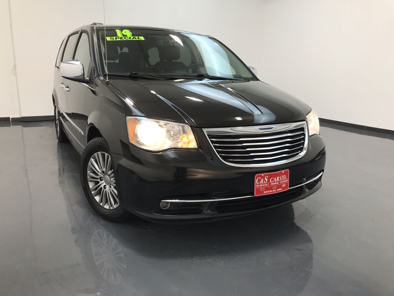 2014 Chrysler Town & Country Touring-L  - 16023  - C & S Car Company
