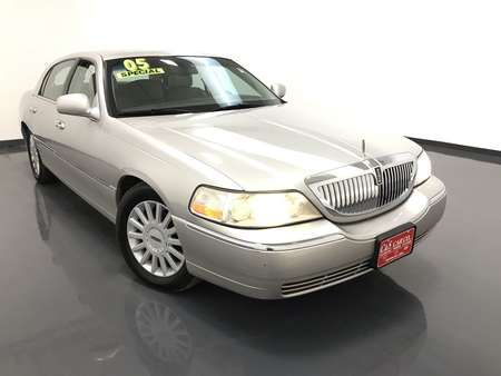 2005 Lincoln Town Car Signature for Sale  - 15887B  - C & S Car Company