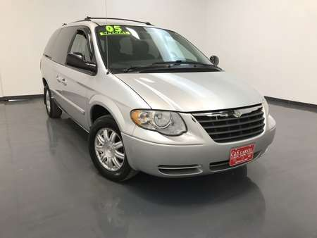 2005 Chrysler Town & Country Touring  LWB for Sale  - SB8017B  - C & S Car Company