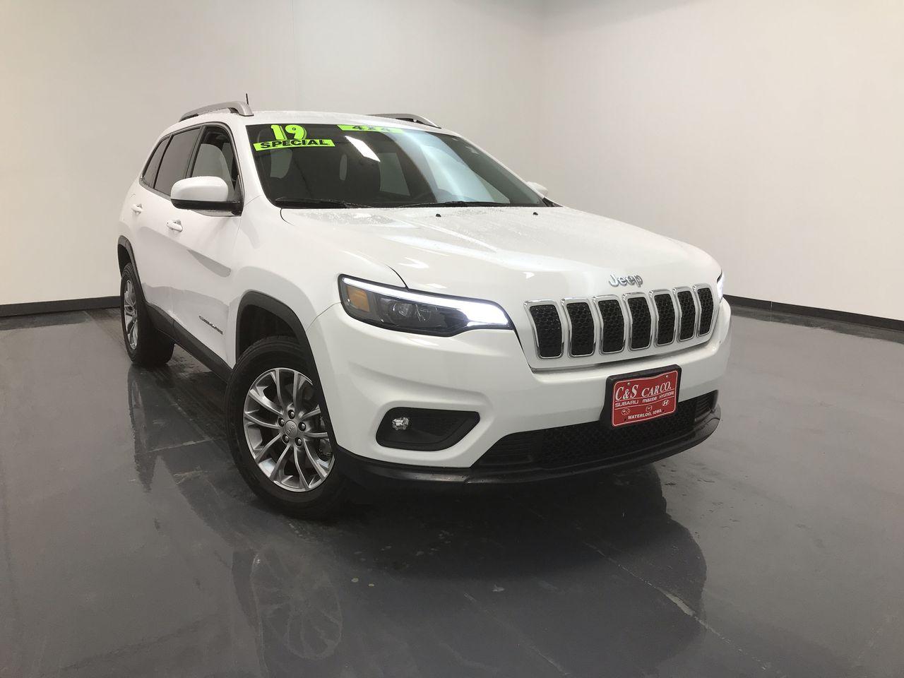2019 Jeep Cherokee Latitude 4X4  - HY8370A  - C & S Car Company
