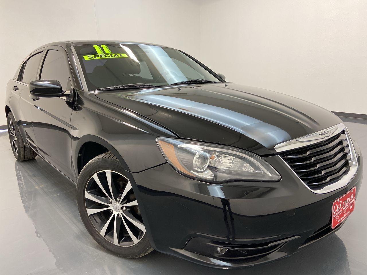 2011 Chrysler 200 4D Sedan  - SB8539B  - C & S Car Company
