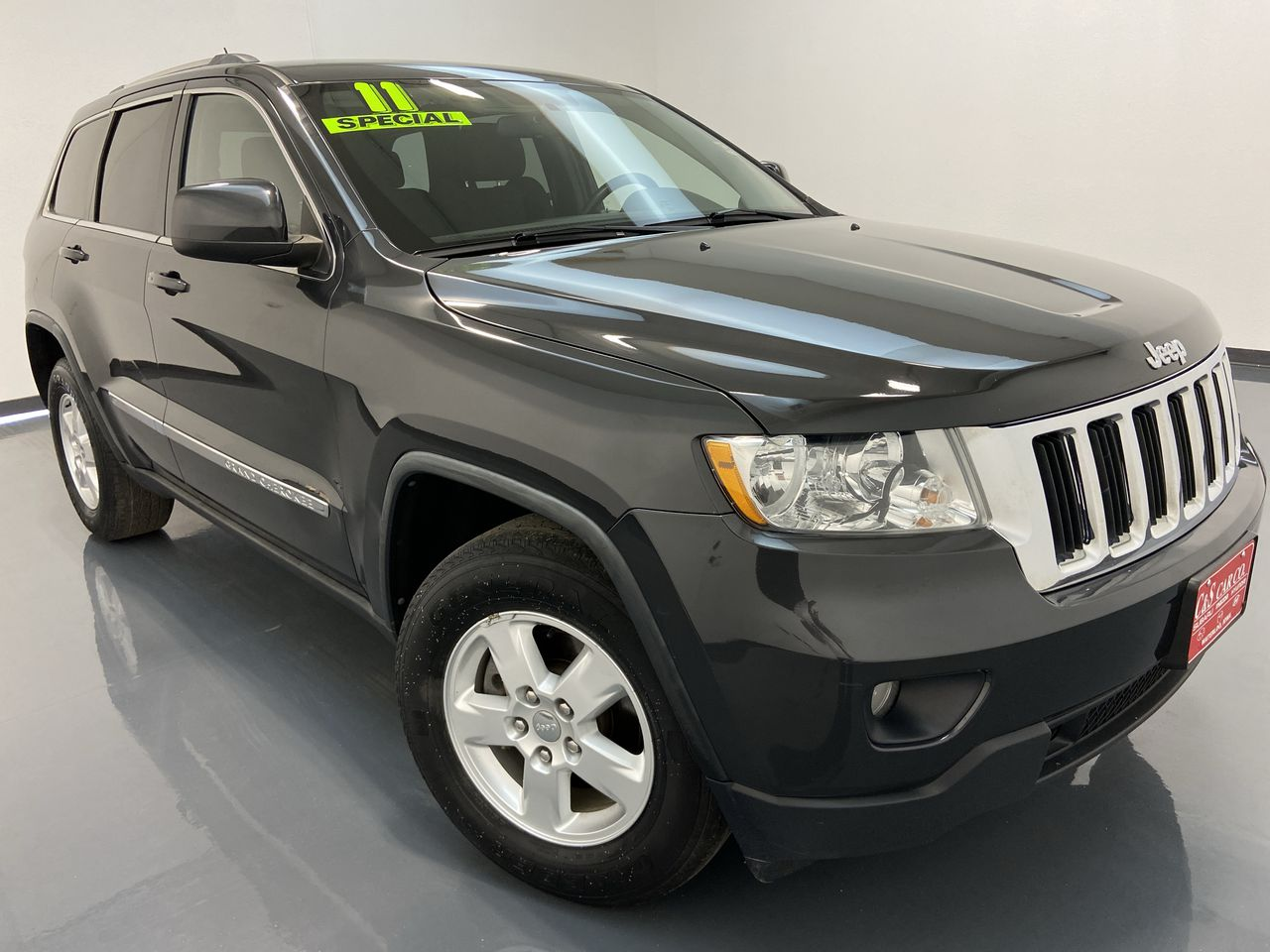 2011 Jeep Grand Cherokee 4D SUV 4WD  - HY8444A  - C & S Car Company