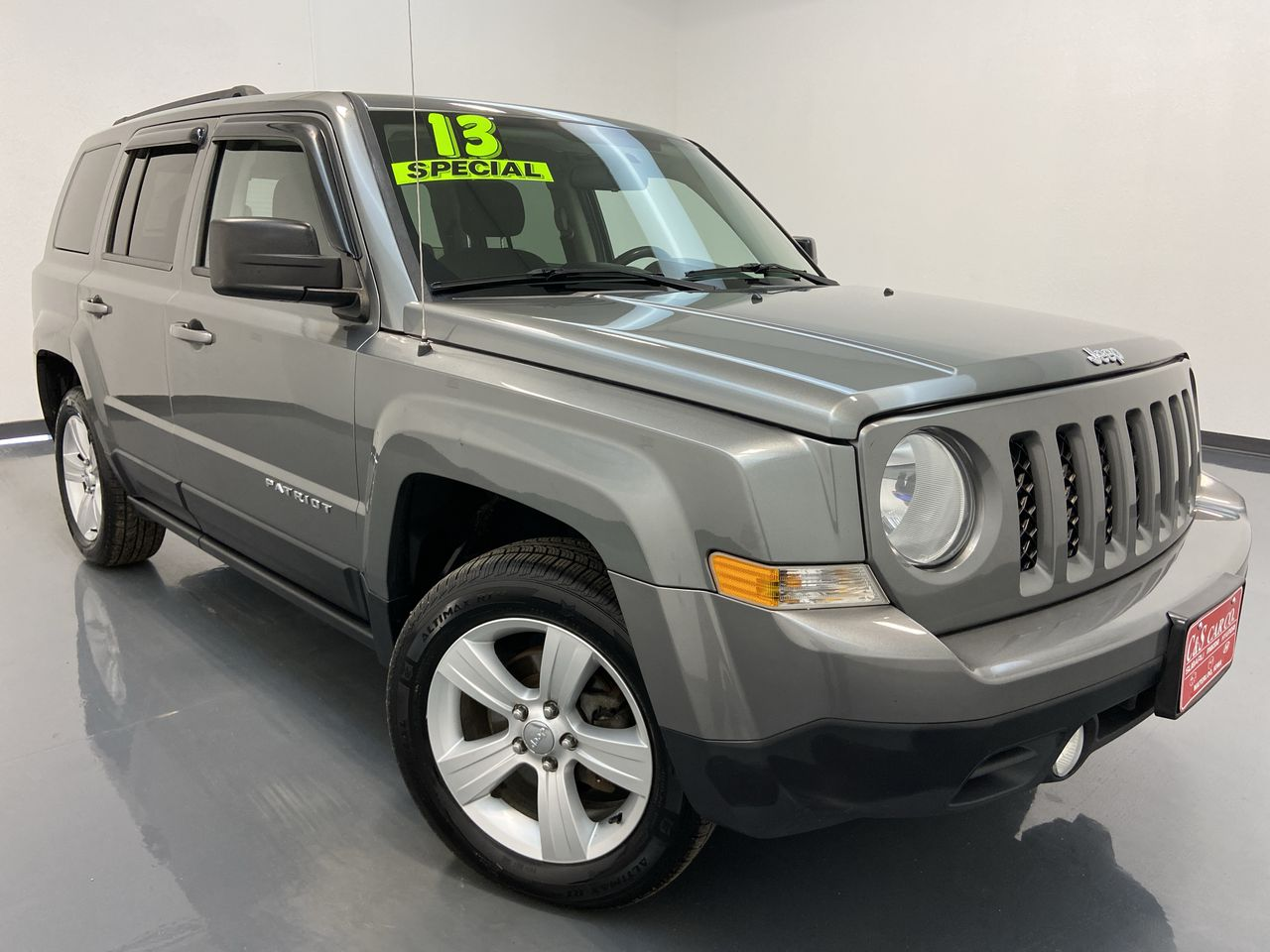 2013 Jeep Patriot 4D SUV 4WD  - HY8387C  - C & S Car Company