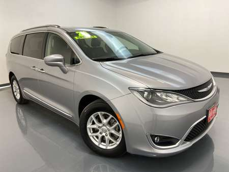 2020 Chrysler Pacifica Wagon for Sale  - 16334  - C & S Car Company