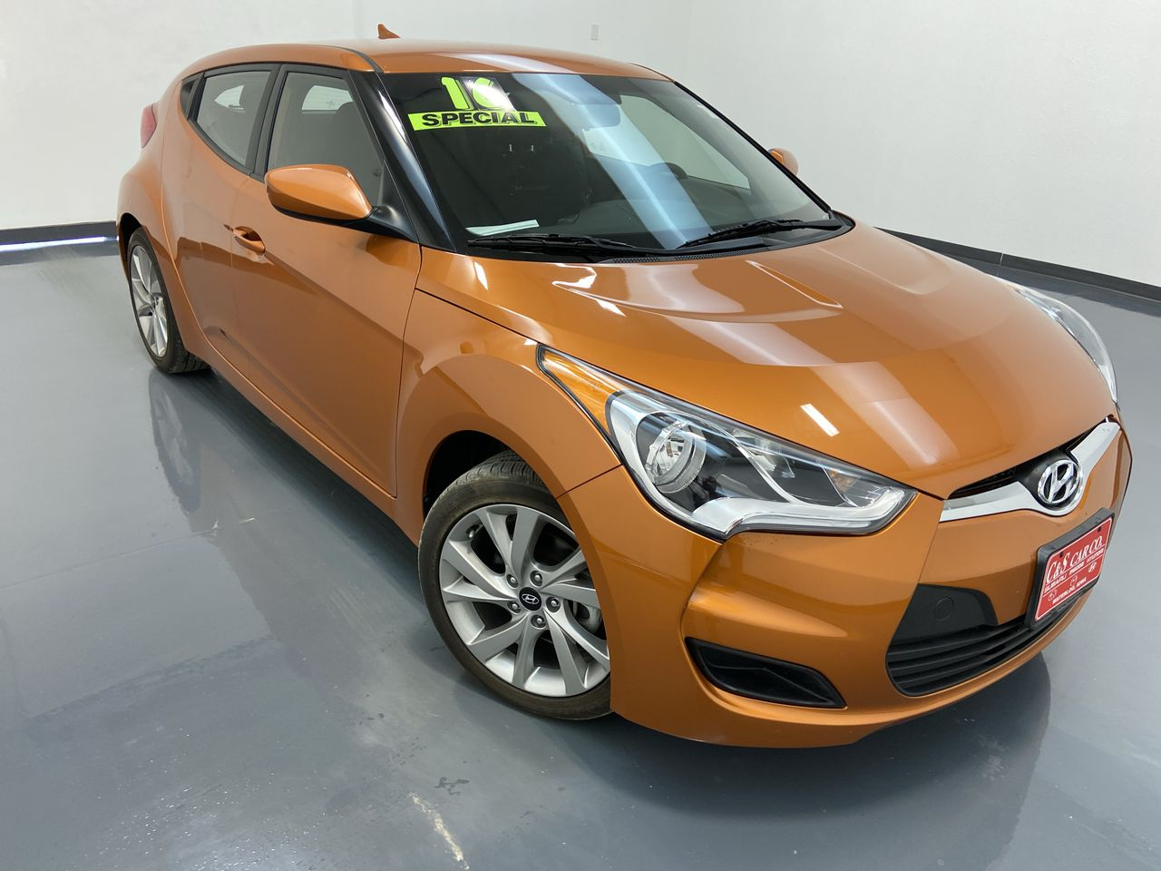2016 Hyundai Veloster 3D Coupe  - 16358  - C & S Car Company