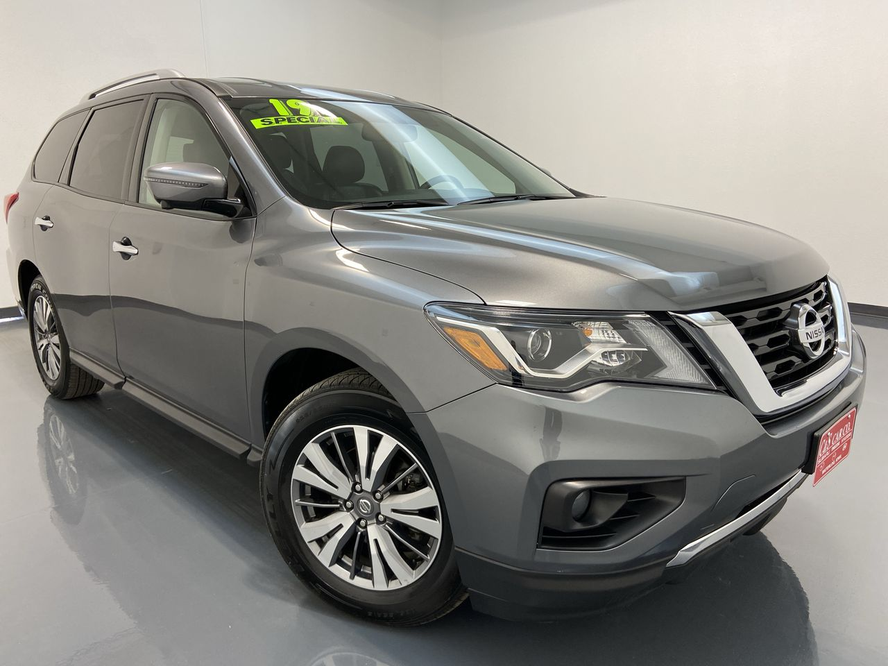 2019 Nissan Pathfinder 4D SUV 4WD  - 16404  - C & S Car Company