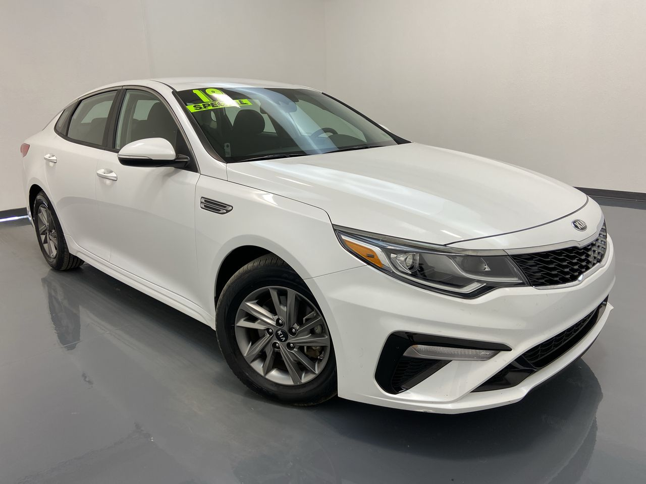 2019 Kia Optima 4D Sedan  - 16400  - C & S Car Company