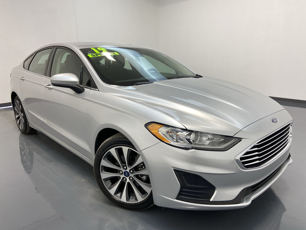 2019 Ford Fusion 4D Sedan AWD  - 16388  - C & S Car Company