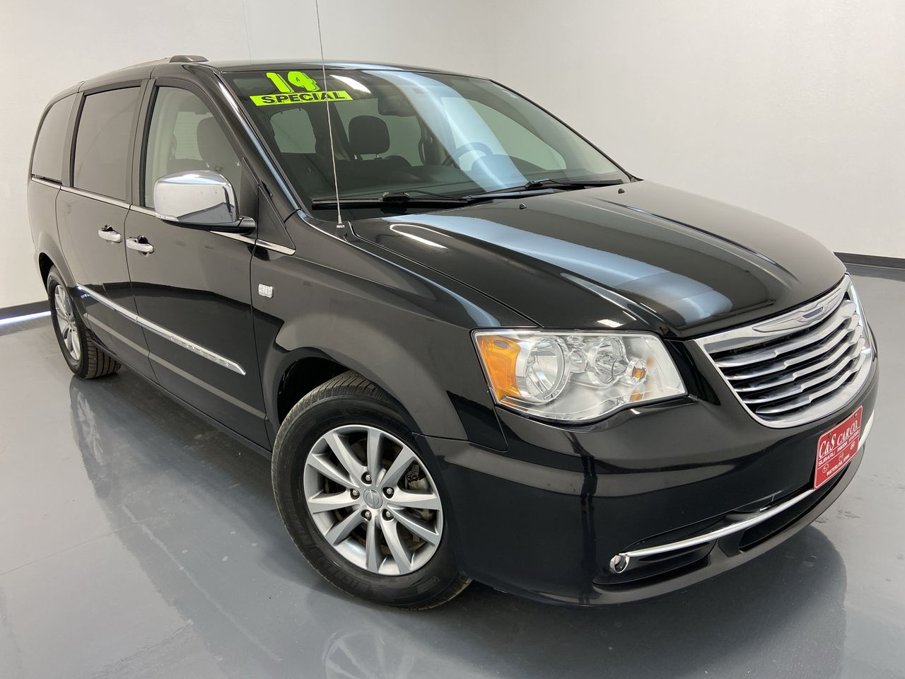 2014 Chrysler Town & Country  - C & S Car Company