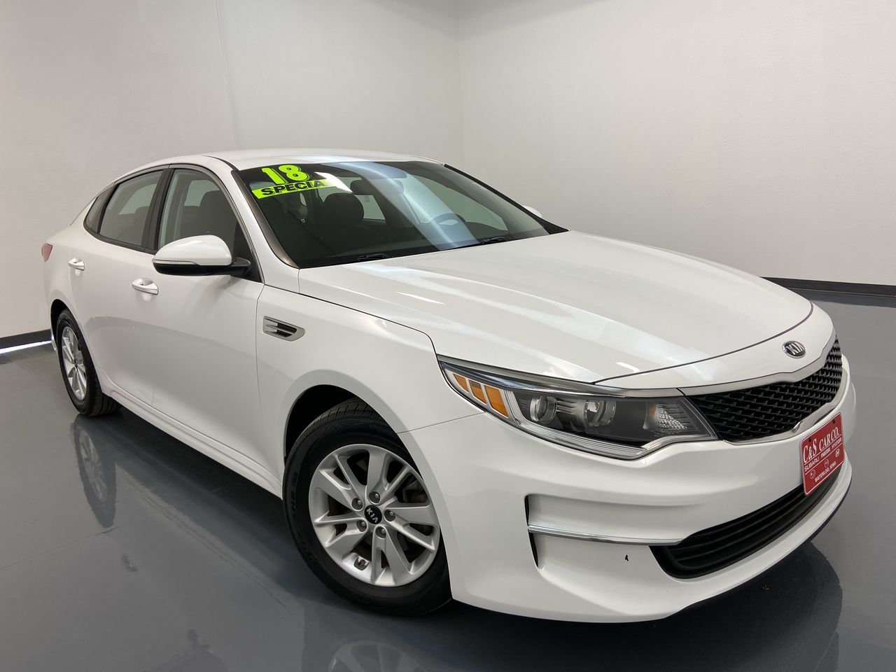 2018 Kia Optima 4D Sedan  - SC8290A  - C & S Car Company