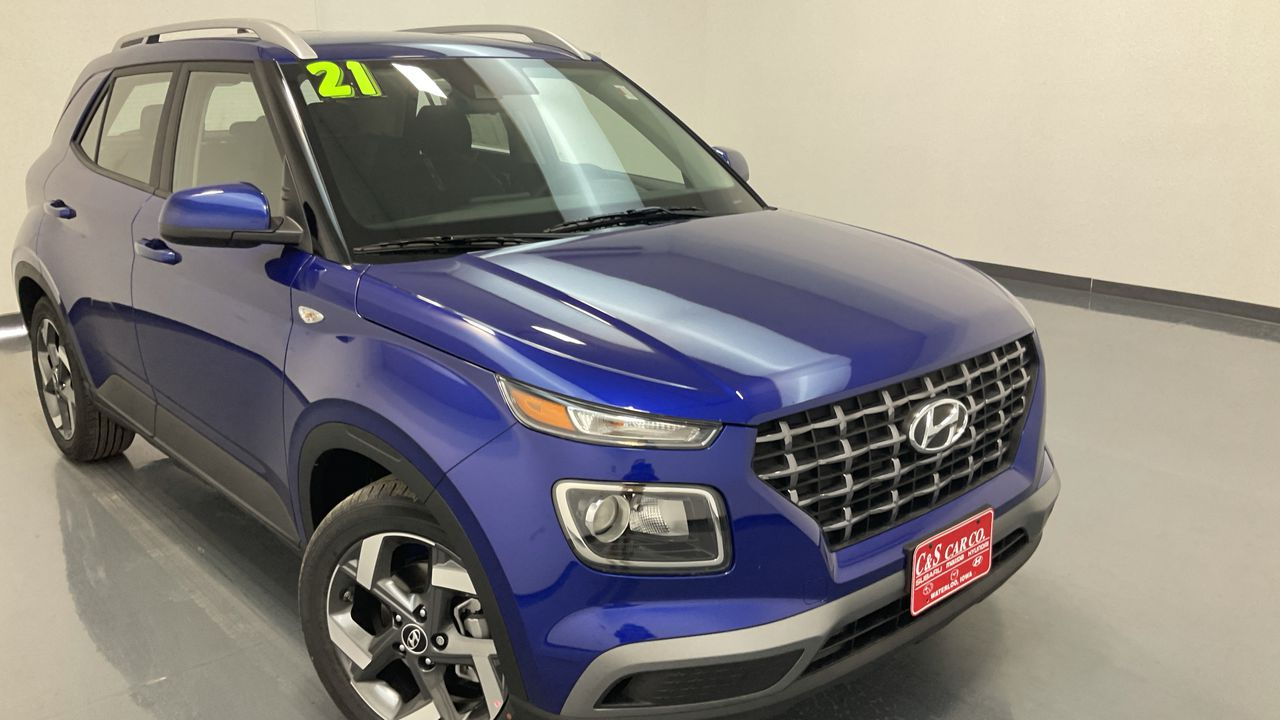 2021 Hyundai VENUE 4D SUV AWD  - HY8606  - C & S Car Company