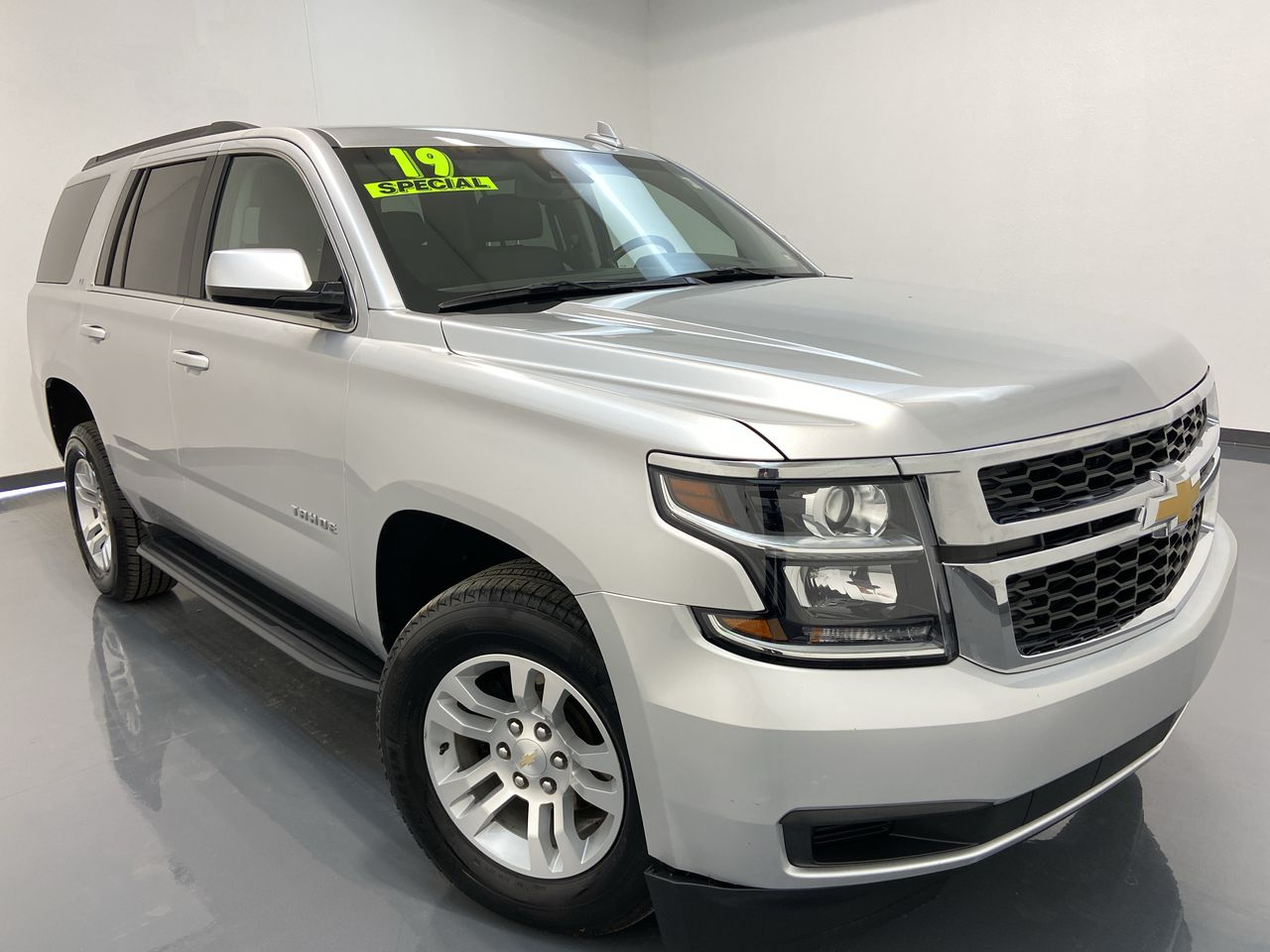 2019 Chevrolet Tahoe 4D SUV 4WD  - 16476  - C & S Car Company