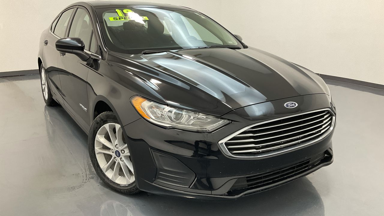 2019 Ford Fusion Hybrid 4D Sedan  - 16516  - C & S Car Company