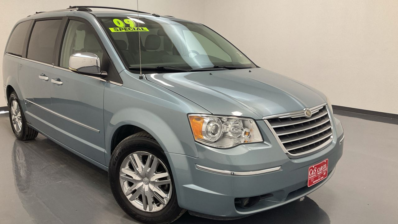 2009 Chrysler Town & Country Wagon LWB  - HY8627A  - C & S Car Company